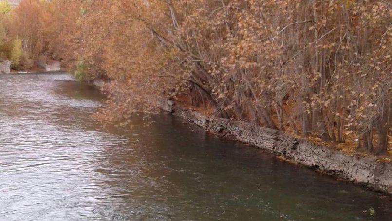 جاری شدن آب زاینده رود در اصفهان