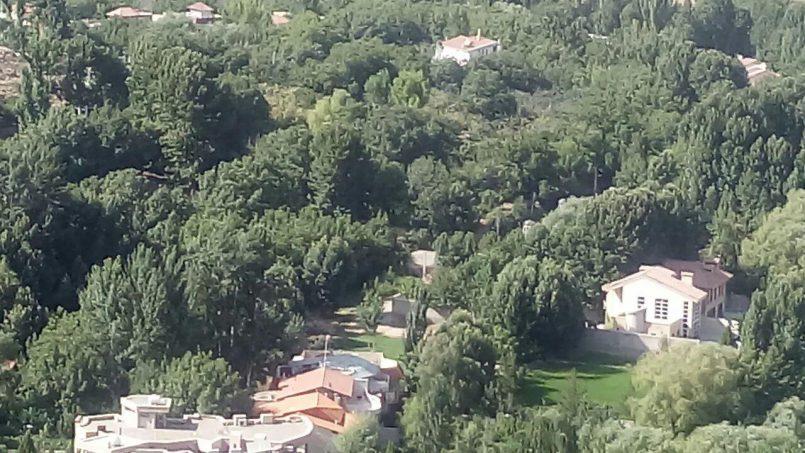تصاویر باغبهادران از روی کوه ملک آباد