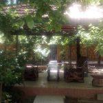ویلا استخردار جنگلی در باغ بهادران