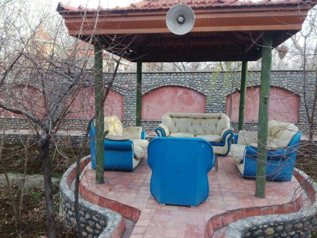 ویلا جنگلی دو خوابه با اتاق شیشه ای در باغبهادران